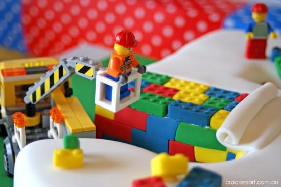 Crackers LEGO Birthday Party cake ideas