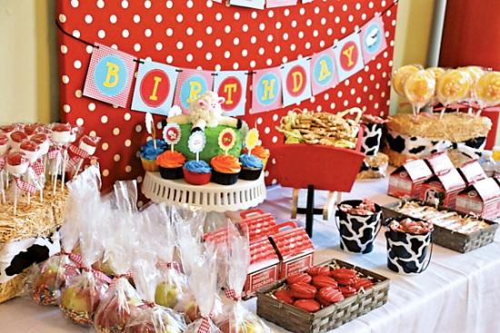 Farm Barnyard Party dessert table