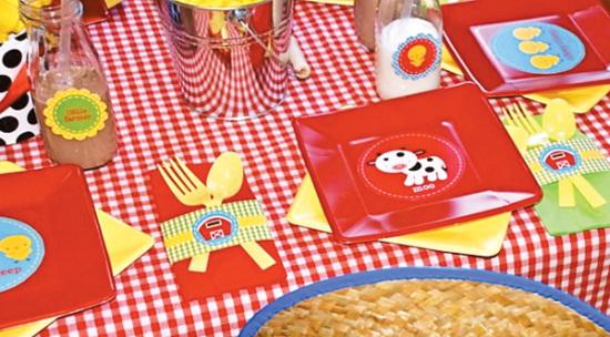 Farm Barnyard Party ideas for table setting