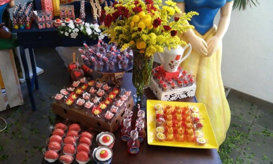 Snow White Party Ideas Treats