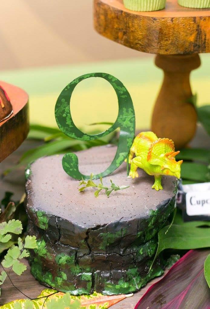 Dinosaur Wonderland Party Birthday Party Ideas Amp Themes
