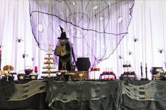 Spooky-Witches-Den-Party-Dessert-Table