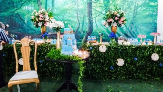 gold and blue princess cinderella party decorations ideas with 3d visual background