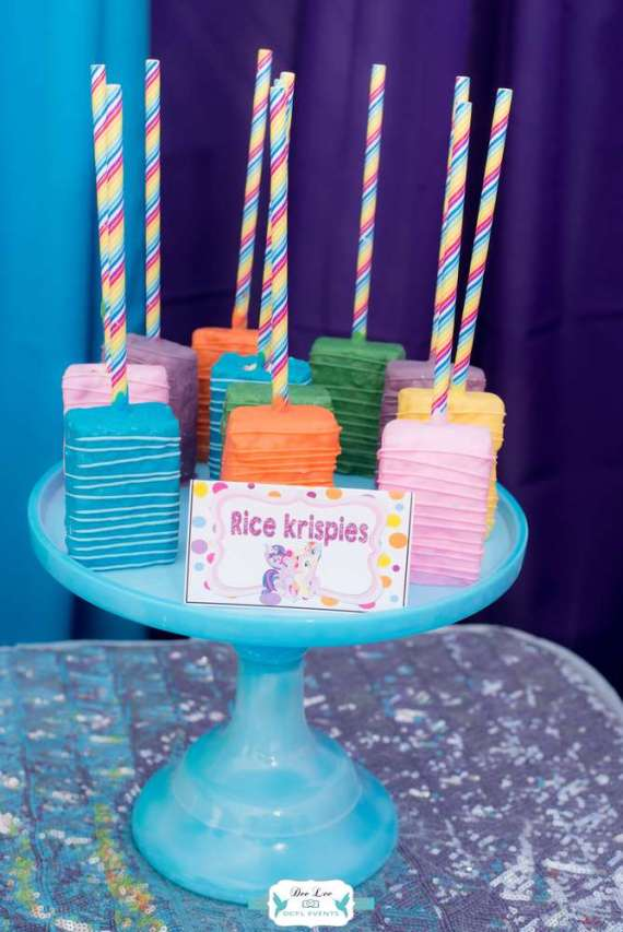 Rainbow-Dash-Adventure-Birthday-Rice-Krispies
