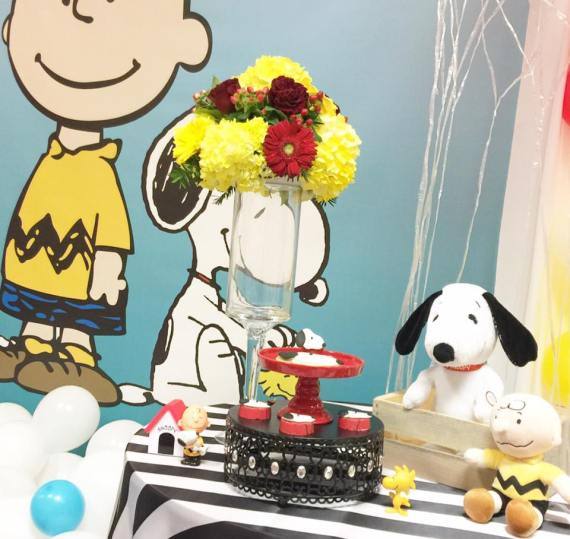 Snoopy-And-Pals-Birthday-Stuffed-Animals