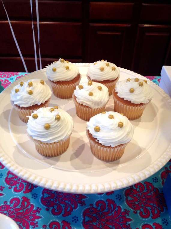 Glittering-Spa-Birthday-Party-Cupcakes