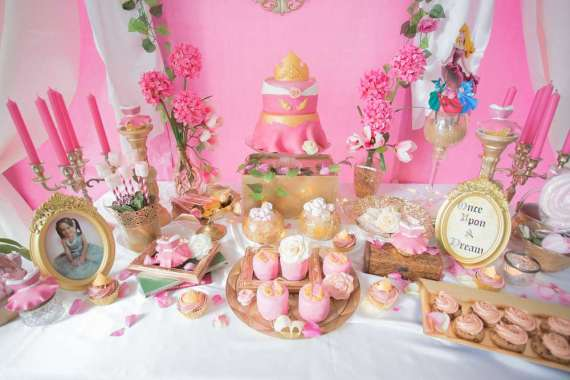 Classic-Sleeping-Beauty-Birthday-Party-Treat-Buffet