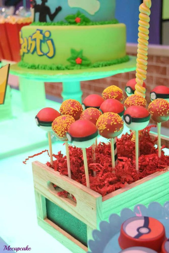 Radiant-Pokemon-Birthday-Party-Cakepops