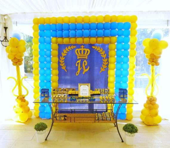 Blue-And-Yellow-Royal-Prince-Birthday-Balloons
