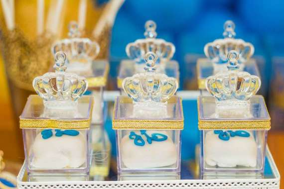 Blue-And-Yellow-Royal-Prince-Birthday-Treats