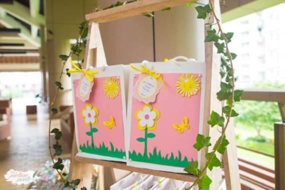 Whimsical-You-Are-My-Sunshine-Birthday-Easel-Art