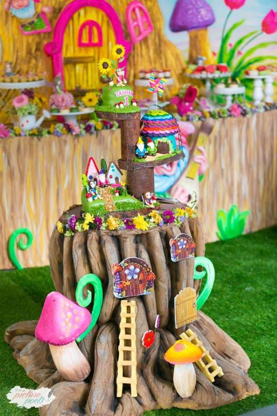 Magical-Fairy-Garden-Oasis-Birthday-Toadstool-Decor