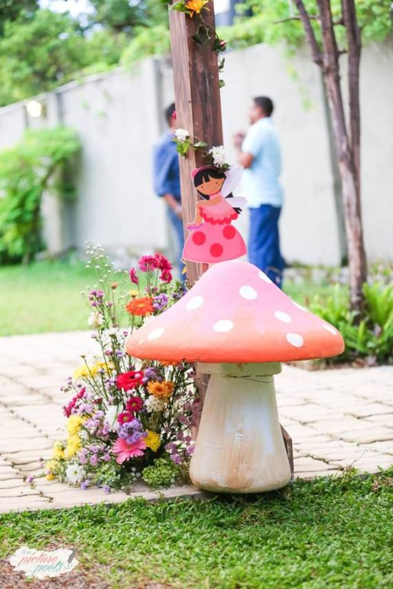 Magical-Fairy-Garden-Oasis-Birthday-Toadstool