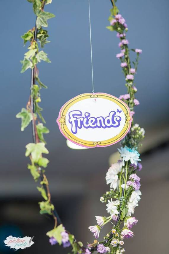 Modern-Lego-Friends-Birthday-Graphic-In-Garland