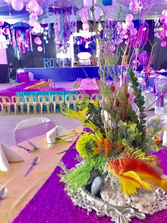 Tropical-Under-The-Sea-Adventure-Party-Decorations