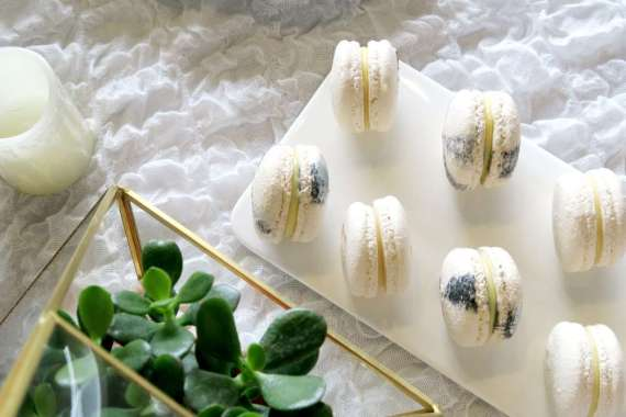 Whimsical-Marble-Birthday-Party-Layered-Cookies