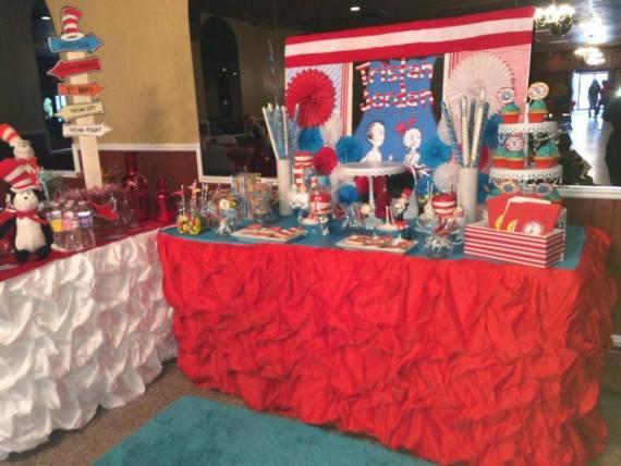 Dr.-Seuss-Birthday-Party-Dessert-Station