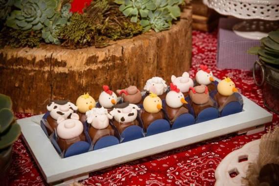 Farm-Adventure-Birthday-Party-Animal-Cakepops