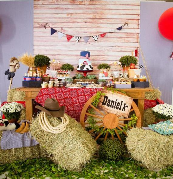 Farm-Adventure-Birthday-Party-Desserts