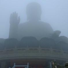 Der riesige Buddha.