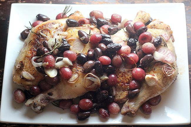 Harvest Roast Chicken with Grapes and Olives - bites out of life