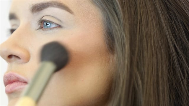 corp-'Nude' - Jane Iredale 'How To' Video
