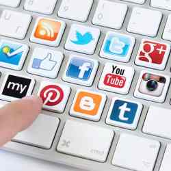 Social-media-Keyboard-resized