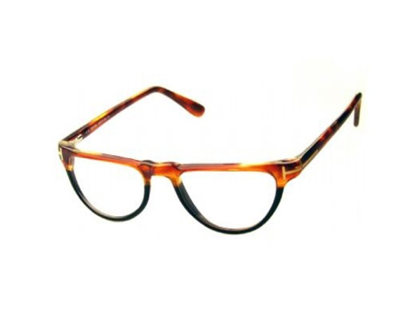 """FEATURE UNDERTONES: """"The main factors that determine the best color palette are the colors of the skin, eyes and hair,"""" Miller-Johnson says.   Style Nod: """"Tom Ford frames exude sophistication and a sense of luxury."""" These offer a modern, unisex take on the cat-eye silhouette. (Go-Optic.com; $279.95)"""