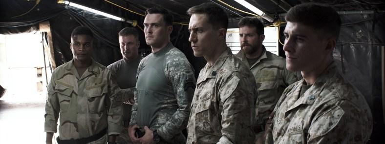 http://i2.wp.com/www.blackfilm.com/read/wp-content/uploads/2014/12/American-Sniper-19-Cory-Hardrict-and-Bradley-Cooper.jpg?resize=788%2C295