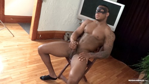 solo-black-muscle