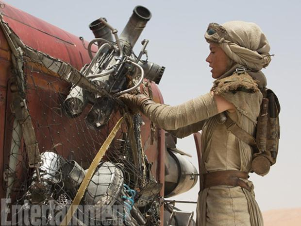 rey-is-ready-to-return-home-after-some-scavenging