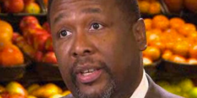 Wendell Pierce actor from The Wire opens supermarket chain for residents of New Orleans