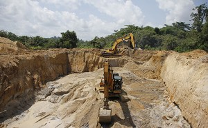 GHANA-CHINA-MINING-GOLD-ARREST STE01