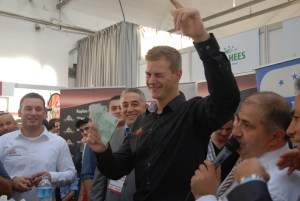 Ein Döner-Grossist zum Anfassen: Remzi Kaplan gab den lautstarken Moderator beim Wettessen.
