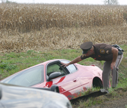 Driver lands in Yankee Road ditch