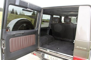 2013 Mercedes-Benz G63 AMG rear cargo area