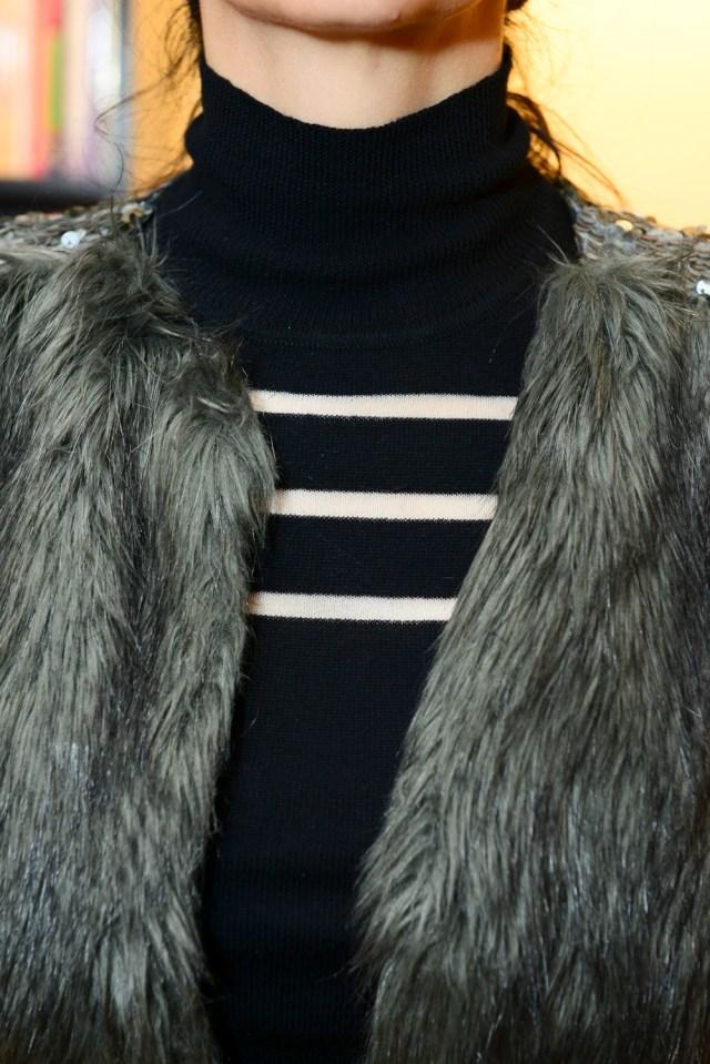 blog-da-alice-ferraz-look-preto-colete-de-pelo (7)