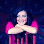 Irene Leone, cantautrice - Biografia
