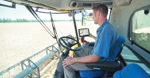 Cabine da colheitadeira de grãos CR9090, da New Holland