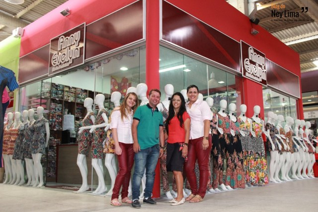 Equipe Anny Evelyn te convida a conhecer as novas instalações no Mart Moda - Fotos Thonny Hill.