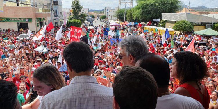 SOS TRANSPOSIÇÃO: fotos mostram como foi o evento convocado pelo ex-governador Ricardo Coutinho, neste domingo, em Monteiro