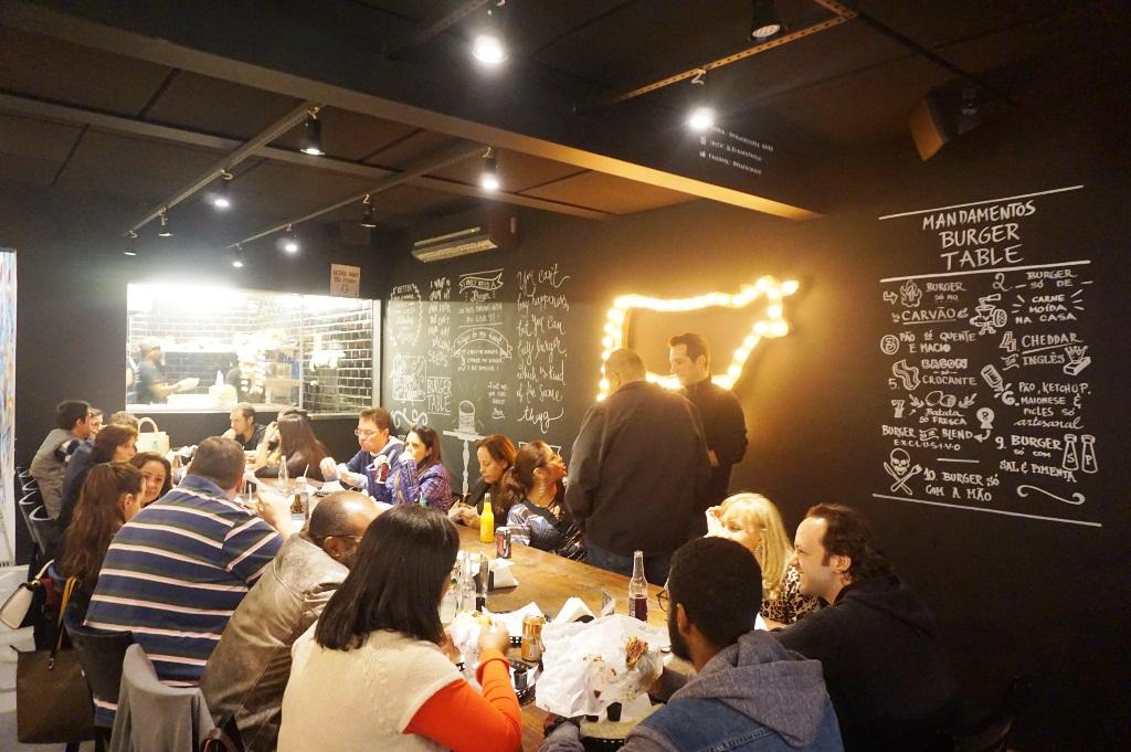 Burger Table - Blog do Xan