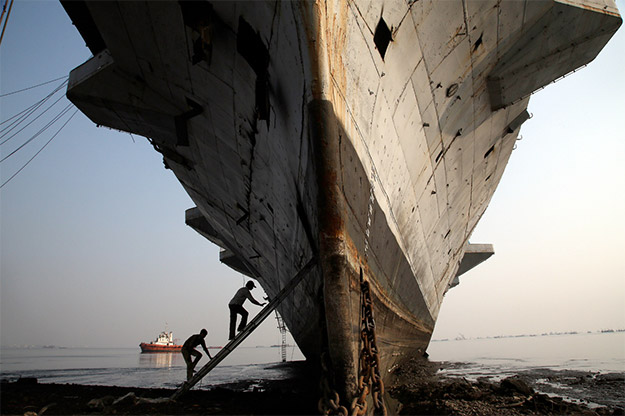 the-ship-breakers7
