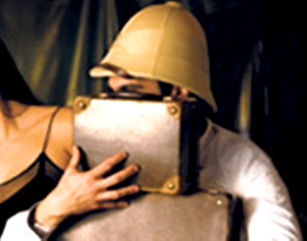 Adaptación teatral de Historia abreviada portátil (Portugal, 2009)