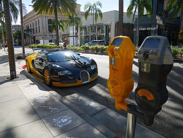Rodeo Drive yellow car