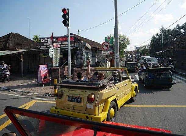 VW at red lights ubud