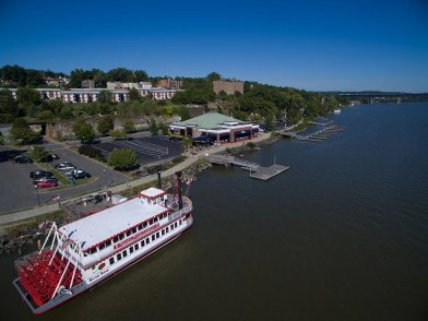 Blu Pointe is located right next to River Rose Cruises on the Newburgh Waterfront