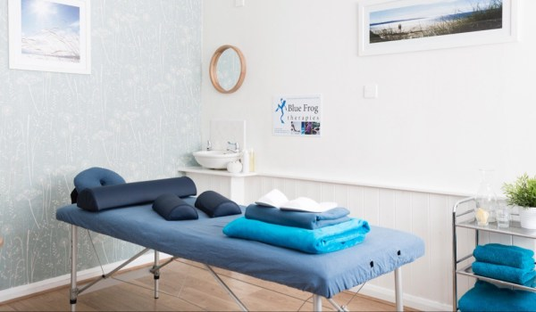 Welcome to blue frog therapies treatment room
