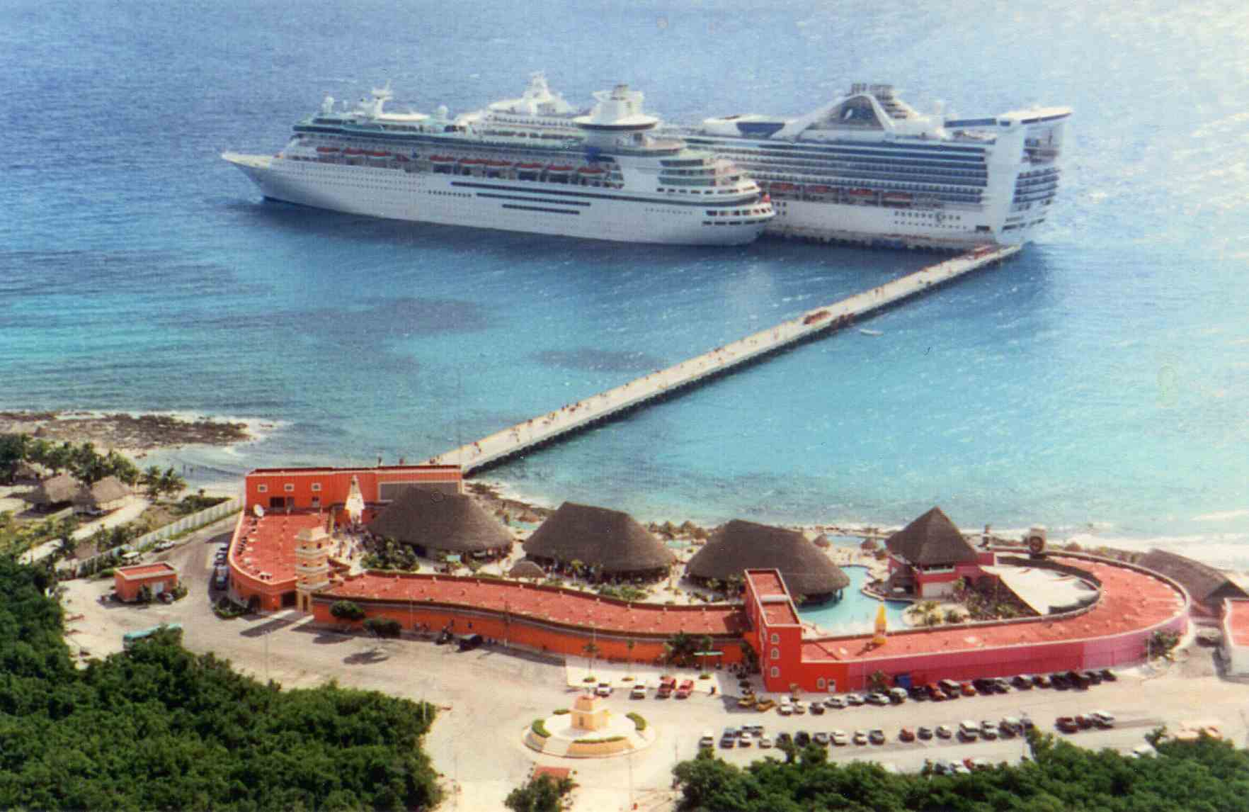 Muelle de cruceros en Mahahual