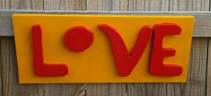 Solet-love-sign